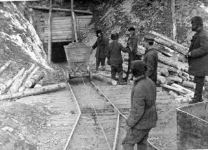 Gulag – Economy and Political Labor Camps Keeping Staling in Power