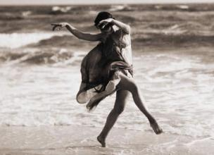 Isadora Duncan – The Beauty of Simple Movements
