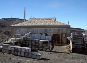 Shackelton's Hut – More than 100 years of history still standing in Antarctica