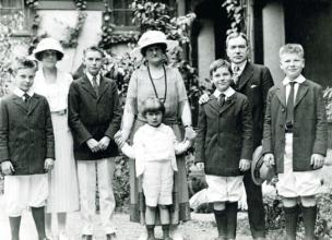 The Rockefeller Family Wealth – From Poverty to Billionaires