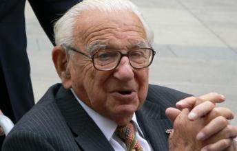 Nicholas Winton - The Man who saved 669 kids Nazi Camps
