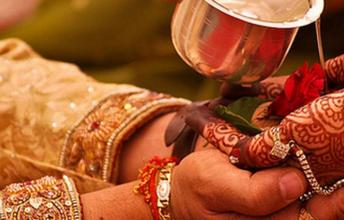 7 Weird Marriage Rituals from around the World