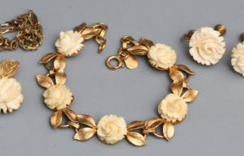 Celluloid - jewelry material for the middle class in Victorian Era