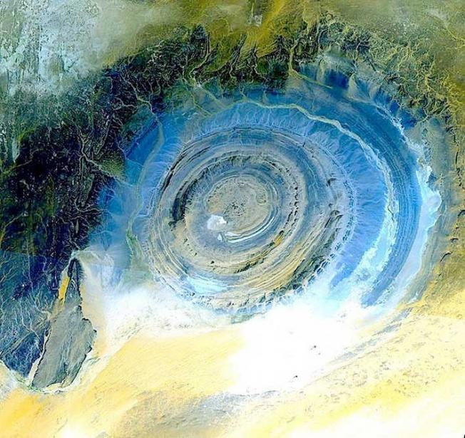 ​The Giant Eye of Africa in Mauritania - Mystery viewed from space
