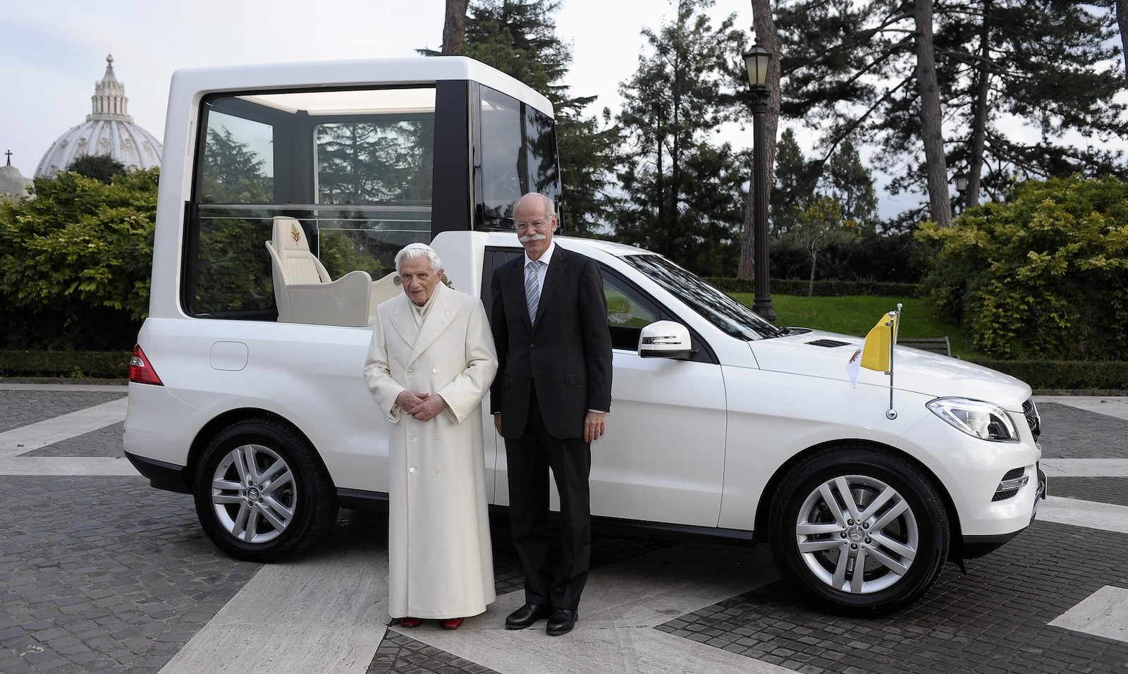 History of the Popemobile - From a horse-drawn carriage to Jeep Wrangler