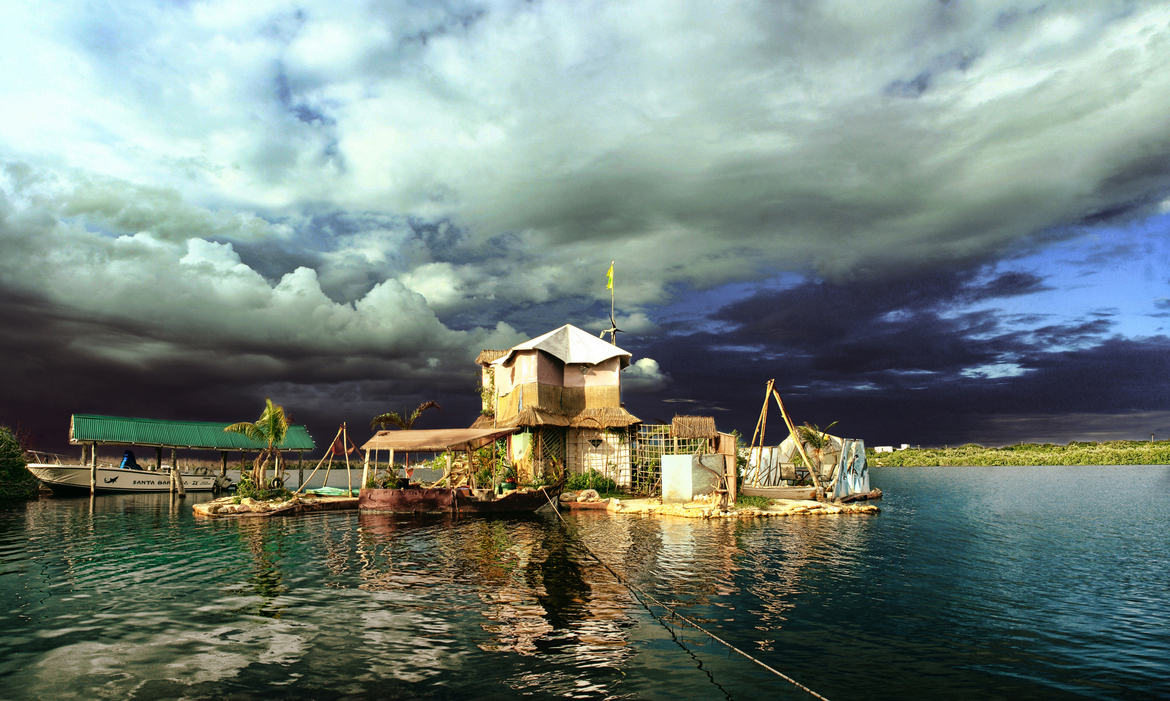 Joyxee Island – eco-friendly floating paradise made of plastic bottles