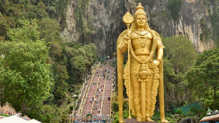 Lord Murugan Statue – The Tall Hindu Statue Rising over Bantu Caves