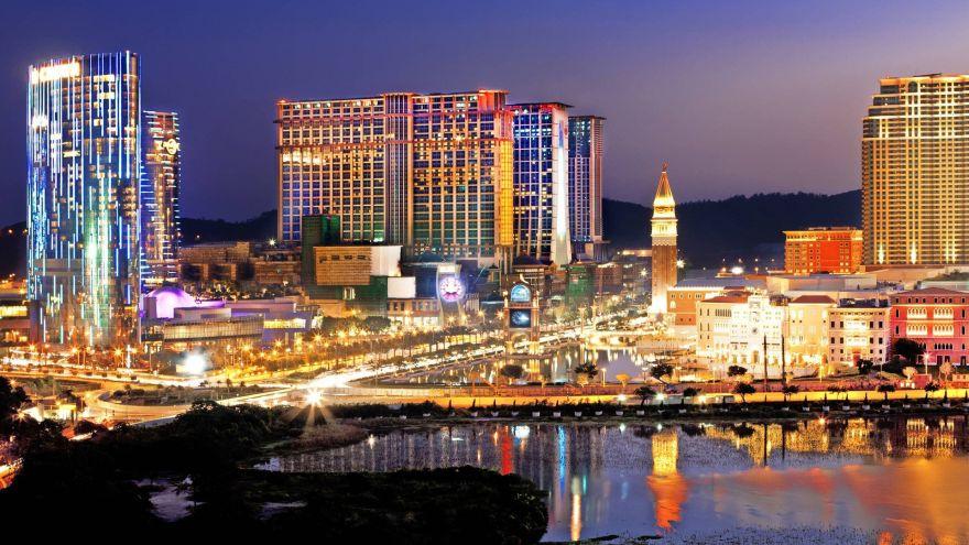 Nevada Casinos in Trouble, Macau Casinos Struggling