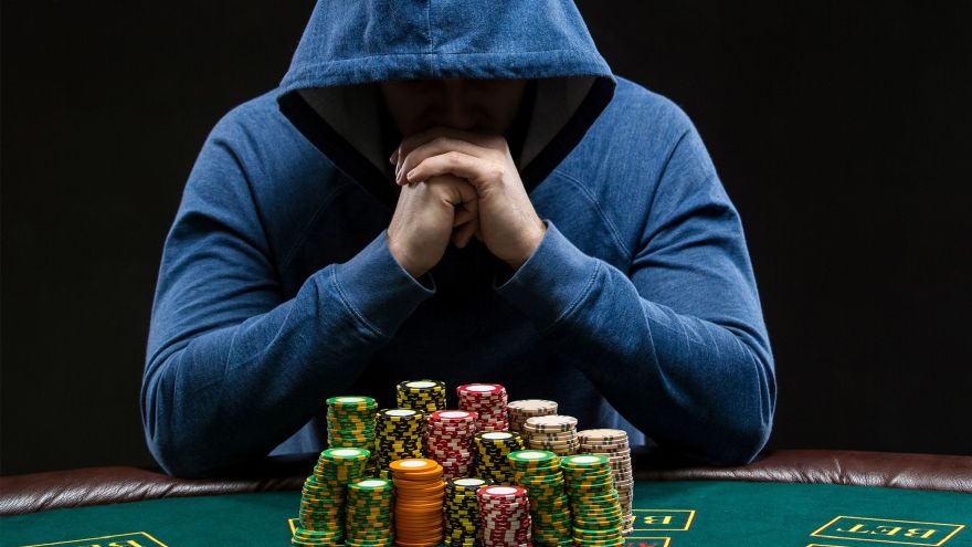 Stepping Stones to The Big Time - How to Become a Pro Poker Player