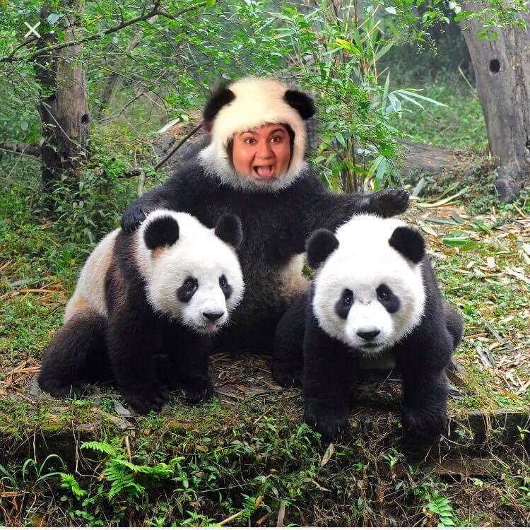 ellesriracha's avatar