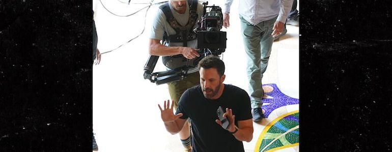 Ben Affleck Gambles it Up in Las Vegas While J Lo Works in Miami