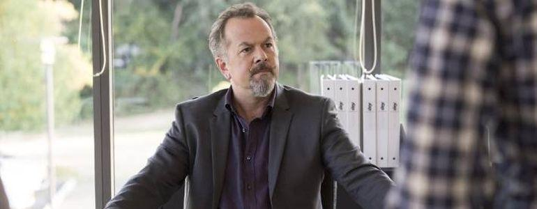 Breaking Bad Star David Costabile wins Stars CALL for Action Charity Tournament for $100,000