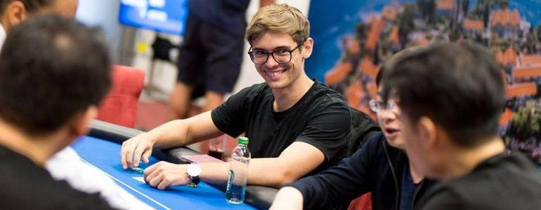 Fedor Holz Signs With PartyPoker