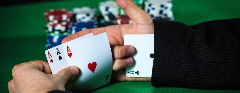 How to Spot Cheating in Poker