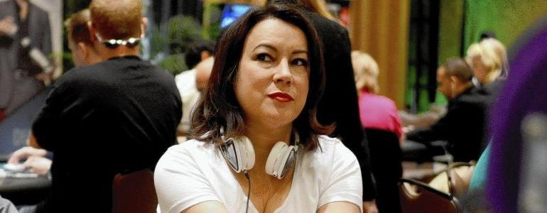 Jennifer Tilly's $160,000 Bad Beat