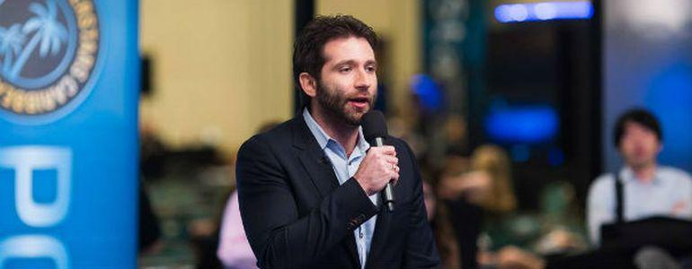 Joe Stapleton is Going from Hosting Sit Down Poker to Stand Up Comedy