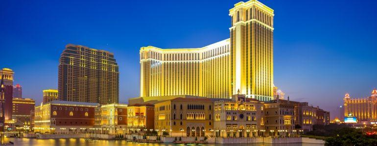 Macau Pepper Spray Casino Robbery Nets $395,000 and Four Arrests