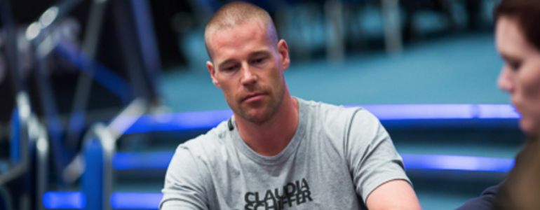 Patrik Antonius Shows Instagram What $25 Million in Cash Looks Like
