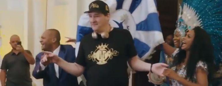 Phil Hellmuth Samba's Into partypoker's Rio Rap Party!
