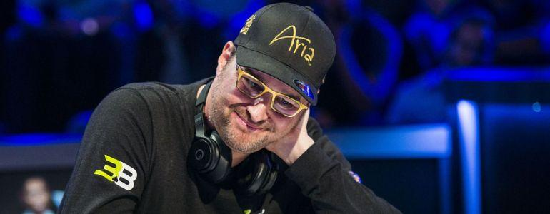 Tony Robbins' Fans Not Sold on Phil Hellmuth's Positivity