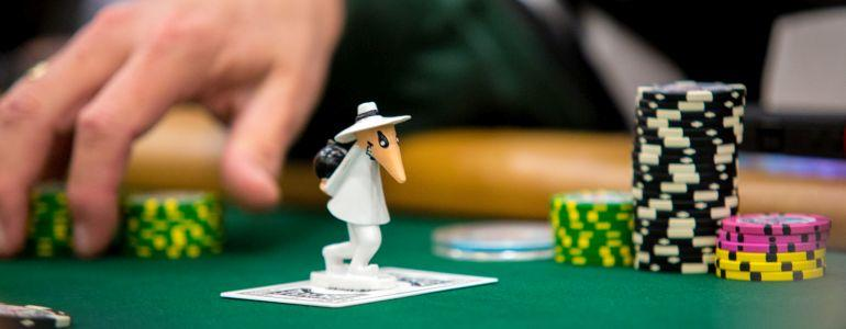 Top 10 Online Poker Tips/Tricks You Must Know