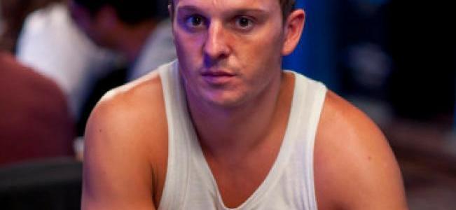 Sam Trickett Avoids a Strong-Armed Hustle