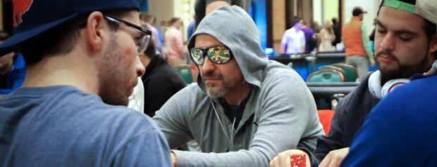 Should Pro Poker Have a Dress Code?