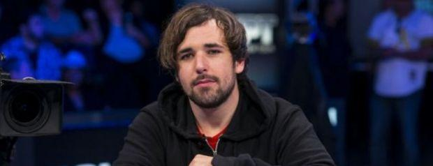 The Slowest Player in Poker?