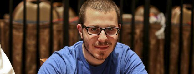 Dan Smith Showing Poker Players Aren't Selfish