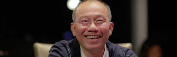 Paul Phua chats to Tom Dwan