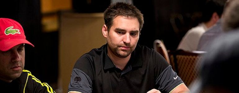 Brandon Cantu Attacks Daniel Negreanu on Twitter