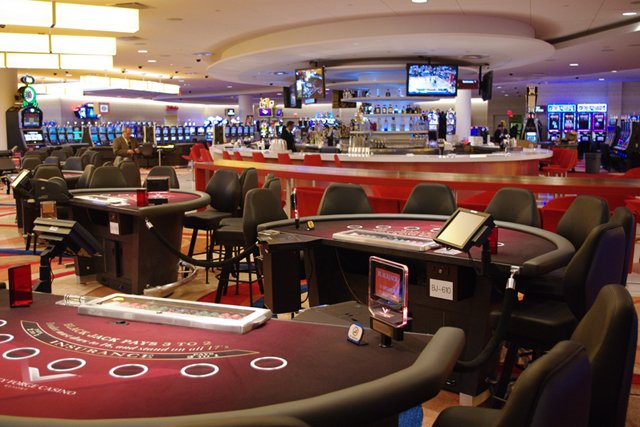 Valley forge casino poker how to become a professional slot machine gambler