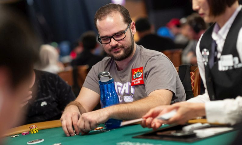 Maurice Hawkins and Matt Stout Cause a Disturbance During the $600 No-Limit Hold'em Deepstack
