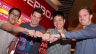 Poker Pros Vs Computer - Who Will Win??